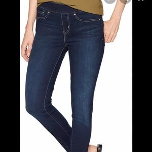 Levi's Pull-On Skinny Shaping Jeans Jeggings 6L